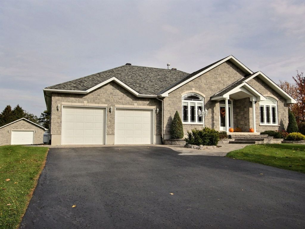 100 bungalows in mississauga cornwall bungalows for