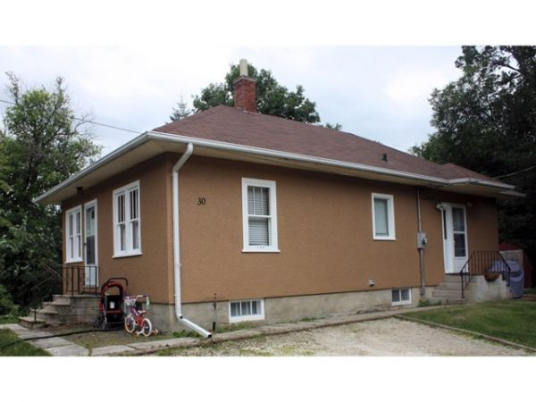 house sold in starbuck
