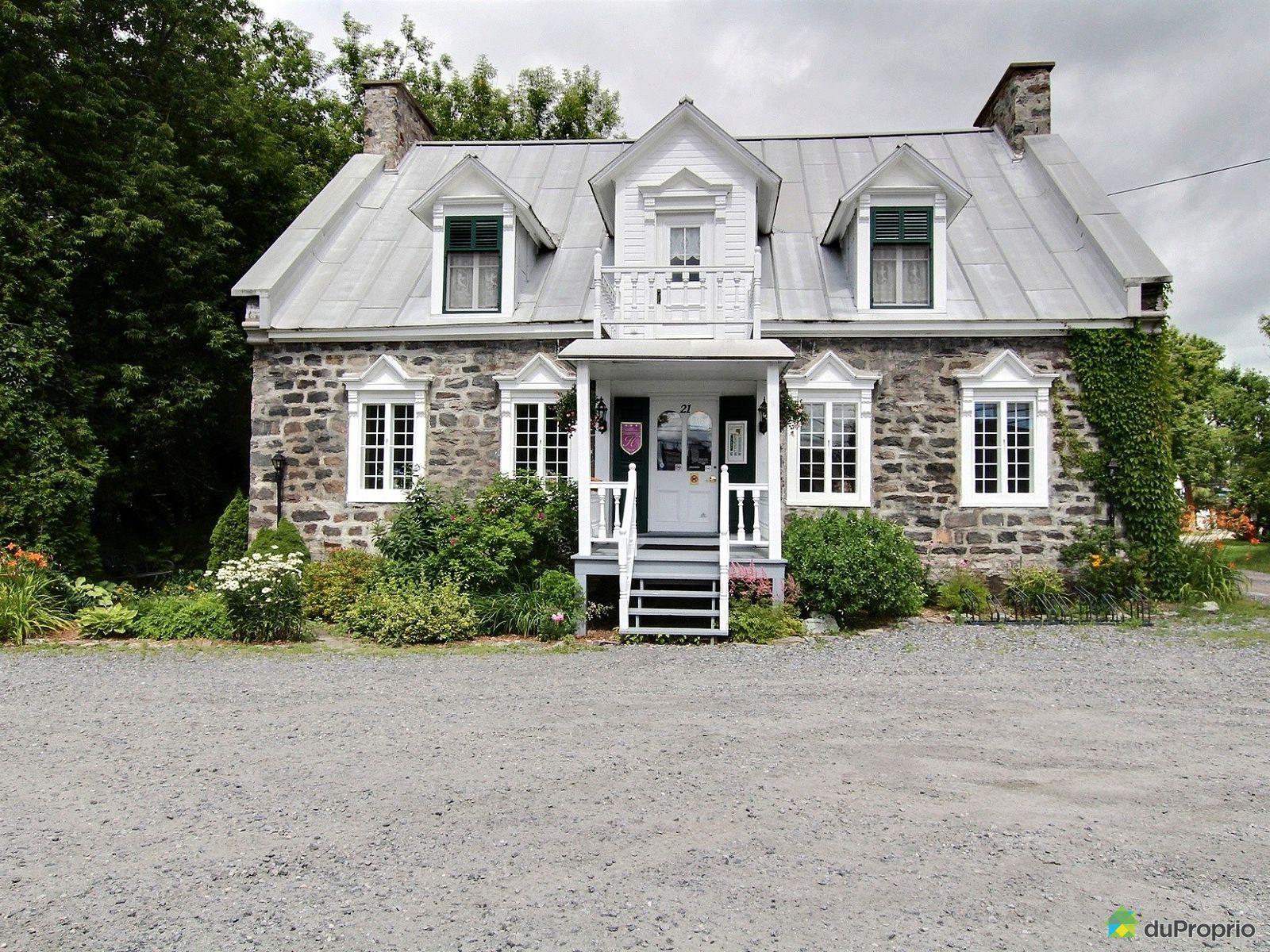 21 boulevard de lanaudi re ste anne de la perade for sale for Auberge la grande maison charlevoix