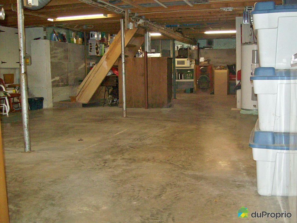Maison vendu montmagny immobilier qu bec duproprio 417463 for Golf interieur quebec