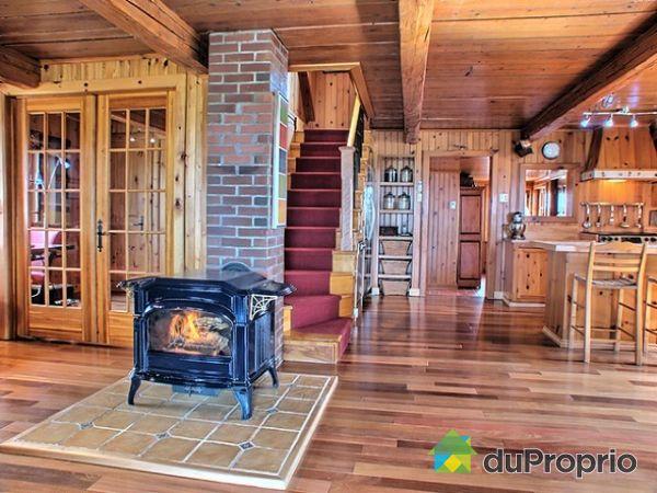 Interieur maison de campagne cool agrandir lextrieur ancien joue sur le contraste avec for Interieur maison de campagne