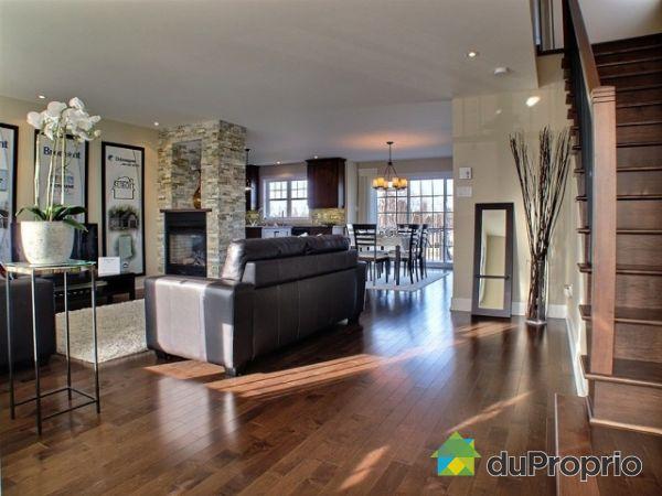 photo d intrieur de maison le mur en pierre apparente en photos parement with photo d intrieur. Black Bedroom Furniture Sets. Home Design Ideas