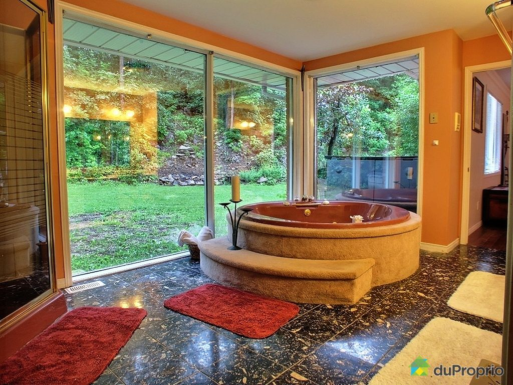 maison vendu chelsea immobilier qu bec duproprio 439205. Black Bedroom Furniture Sets. Home Design Ideas