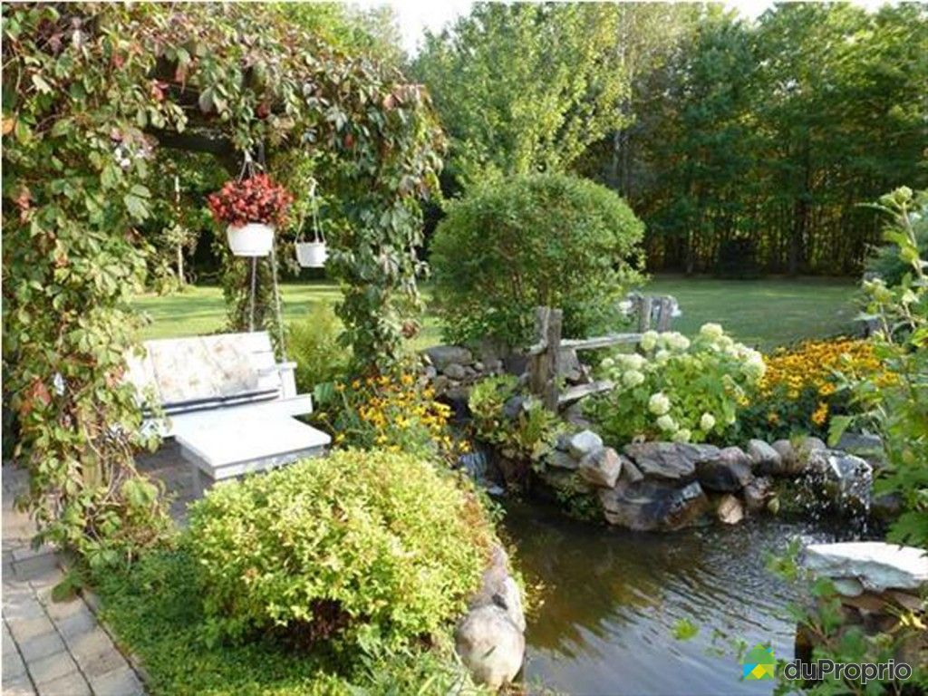 Maison vendu granby immobilier qu bec duproprio 417807 for Jardin quebec