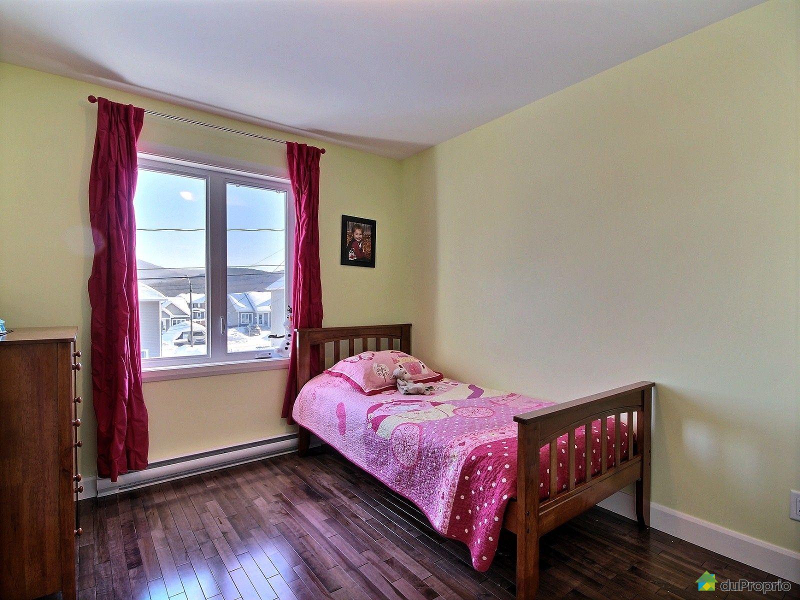 jumel vendu ste brigitte de laval immobilier qu bec duproprio 501099. Black Bedroom Furniture Sets. Home Design Ideas