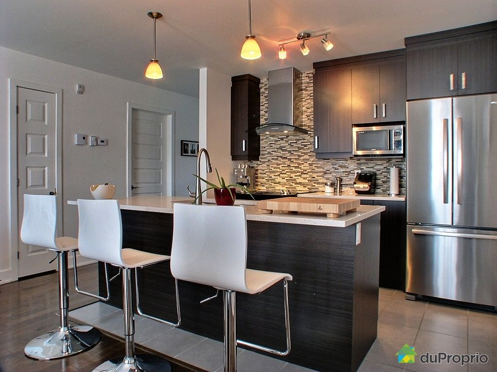 Condo sold in st hubert duproprio 423375 for Condo kitchen images
