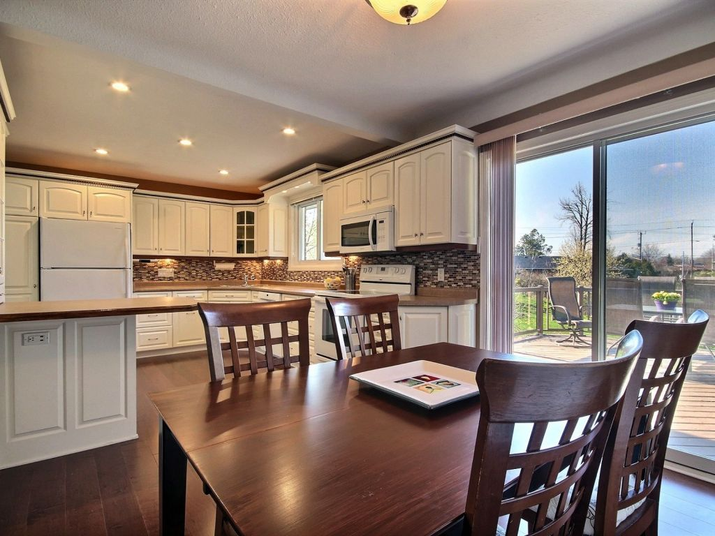 Kitchen Cabinets St Catharines 1 Juliana Crescent St Catharines For Sale Comfree