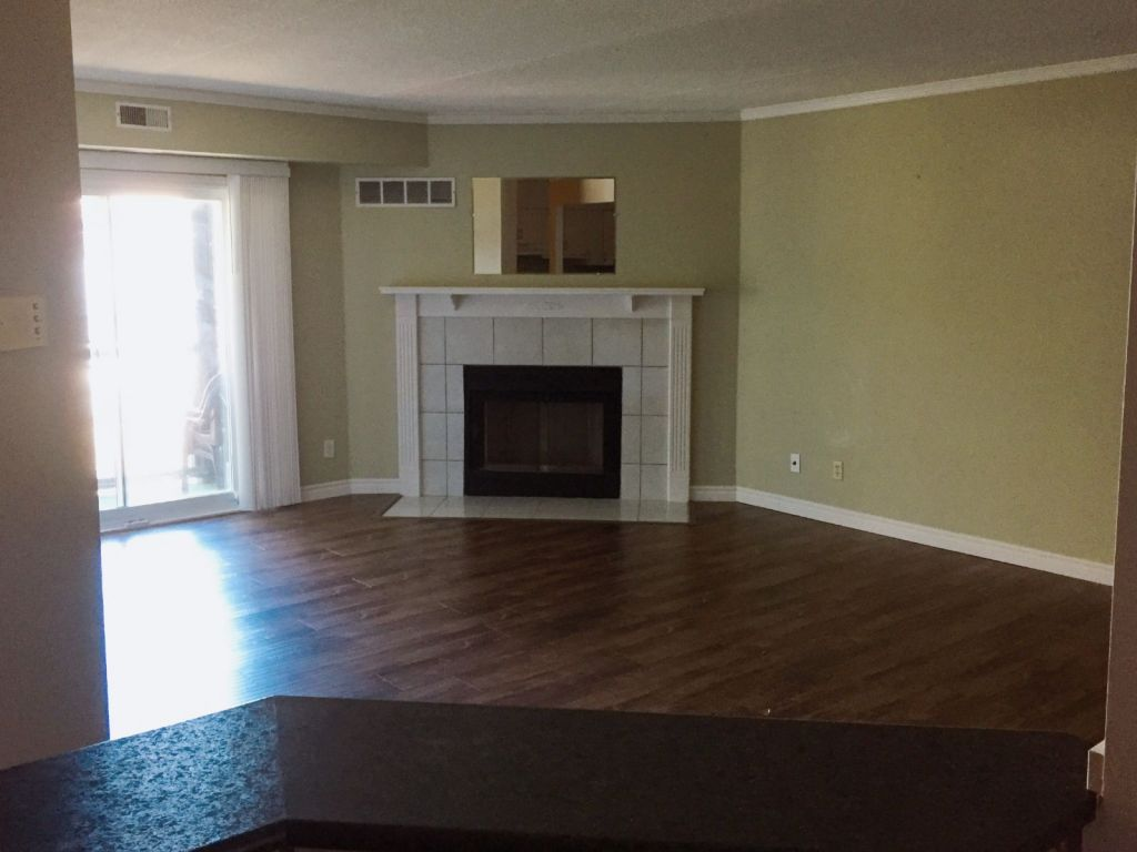 Flooring Kitchener 18 3085 Kingsway Drive Kitchener For Sale Comfree