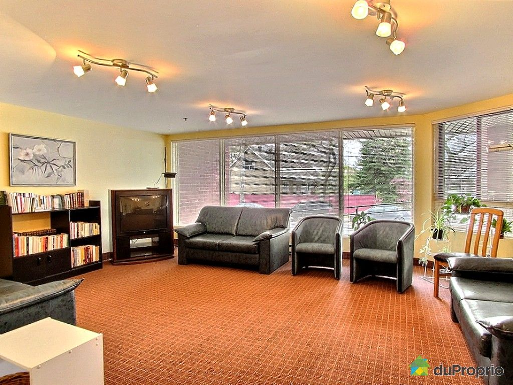 Condo sold in montreal duproprio 560792 for Living room extensions