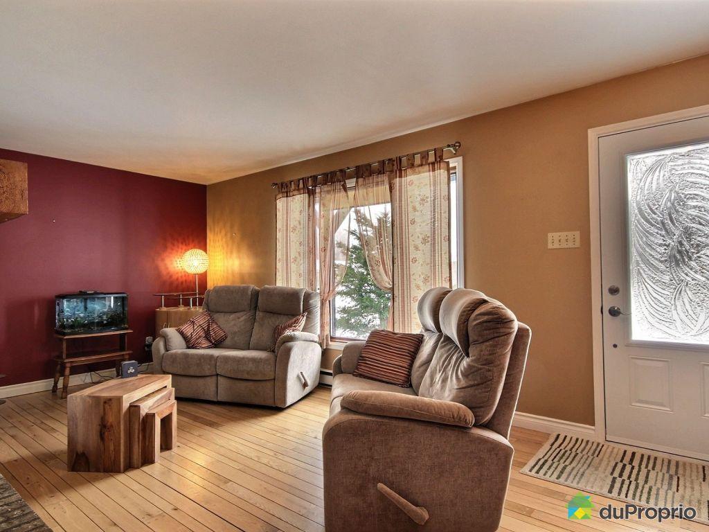 Living Room Furniture St Louis 81 Rue Babineau Trois Riviares St Louis De France For Sale