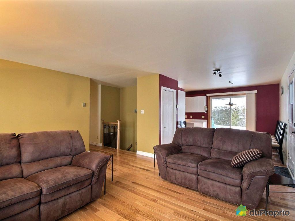 Living Room Furniture St Louis 170 Rue Pelchat Trois Riviares St Louis De France For Sale