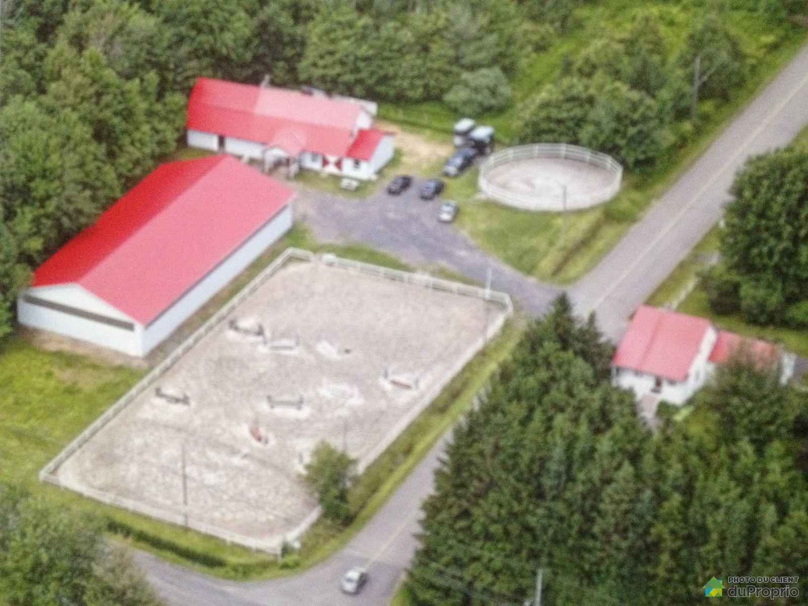 Fermette for sale in st apollinaire 610 rang marigot for Hobby farm plans