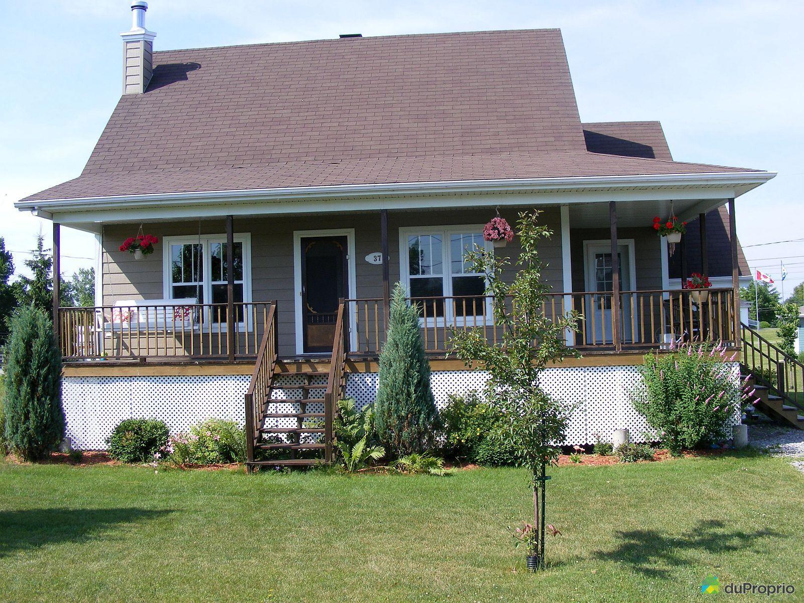 Maison vendu batiscan immobilier qu bec duproprio 522943 for Ajouter un etage a sa maison