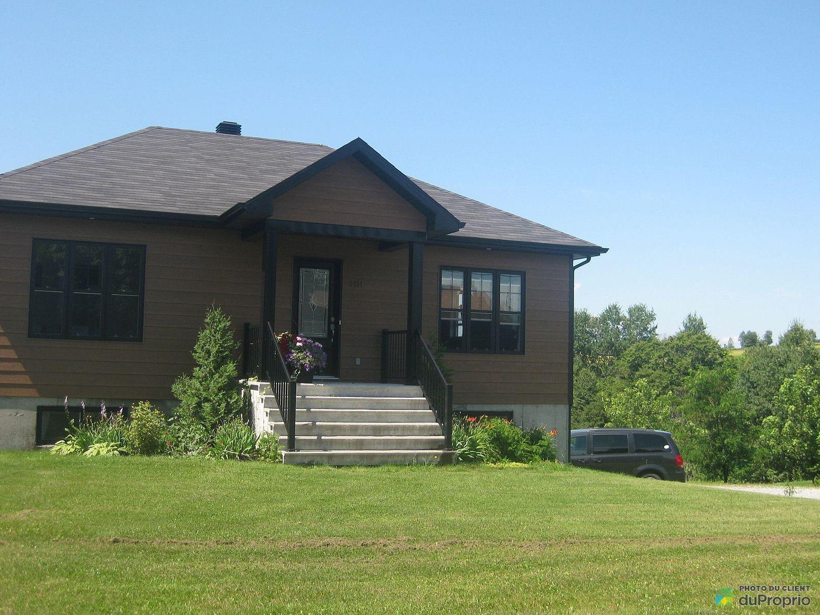 Maison vendre chesterville 1001 rue du faubourg for 1001 maisons
