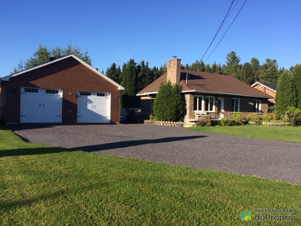 Maison vendre jonqui re 4776 chemin saint andr for Acheter maison quebec canada