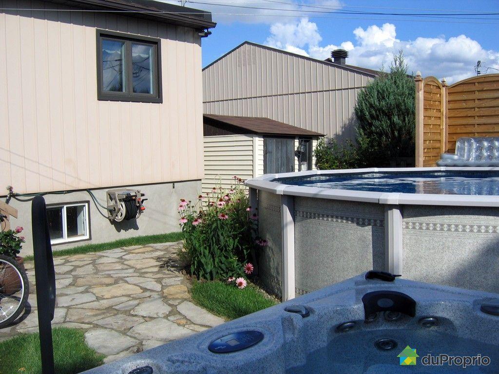 Maison vendu laval des rapides immobilier qu bec for College montmorency piscine