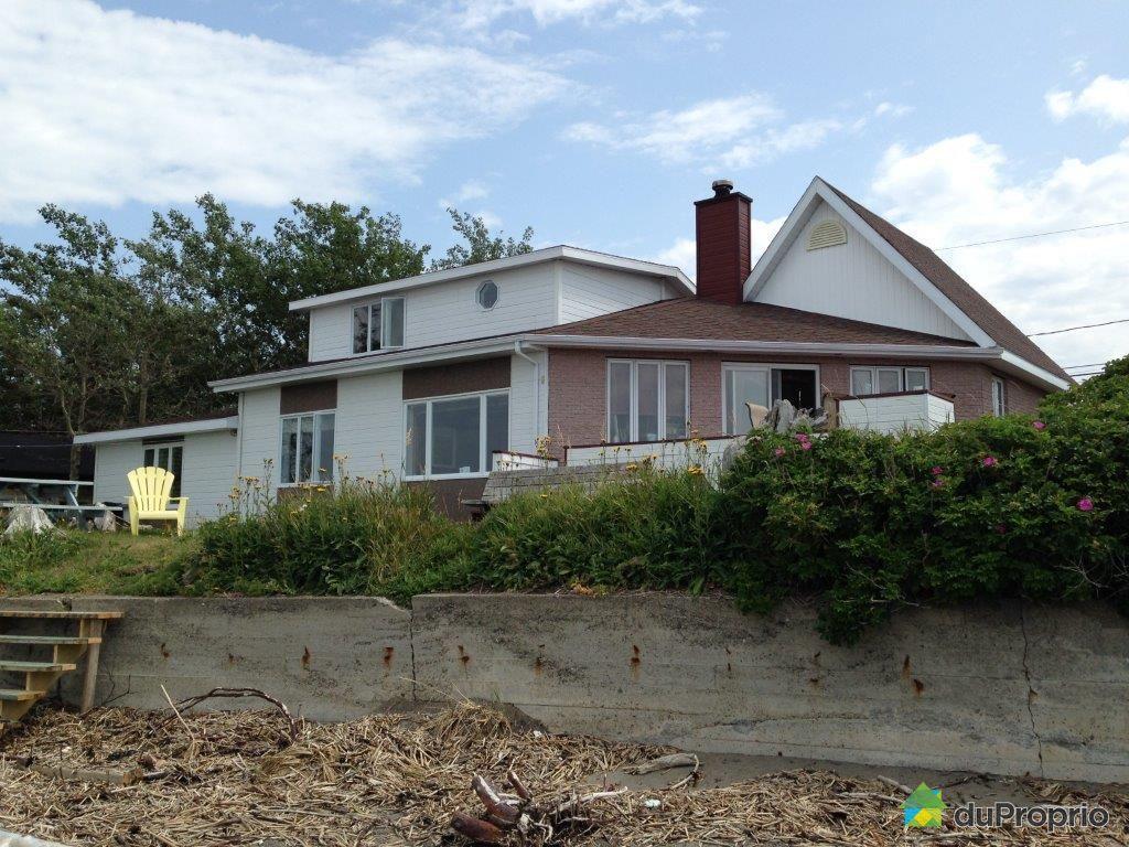 Maison vendre rimouski 800 rue de la plage immobilier for Auberge de la vieille maison rimouski qc