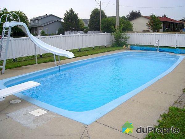 Maison vendu varennes immobilier qu bec duproprio 31146 for Academie lafontaine piscine
