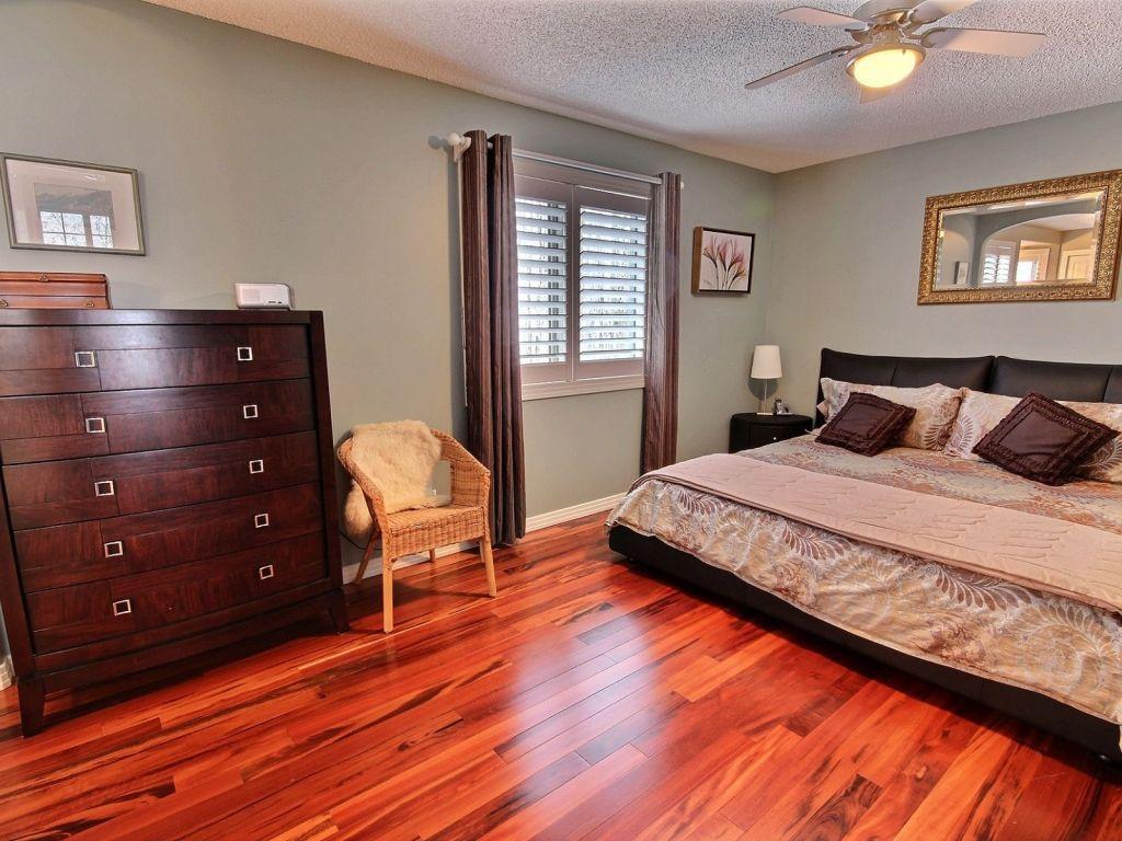 Southwest Bedroom 237 Carmichael Close Sw Edmonton Southwest For Sale Comfree
