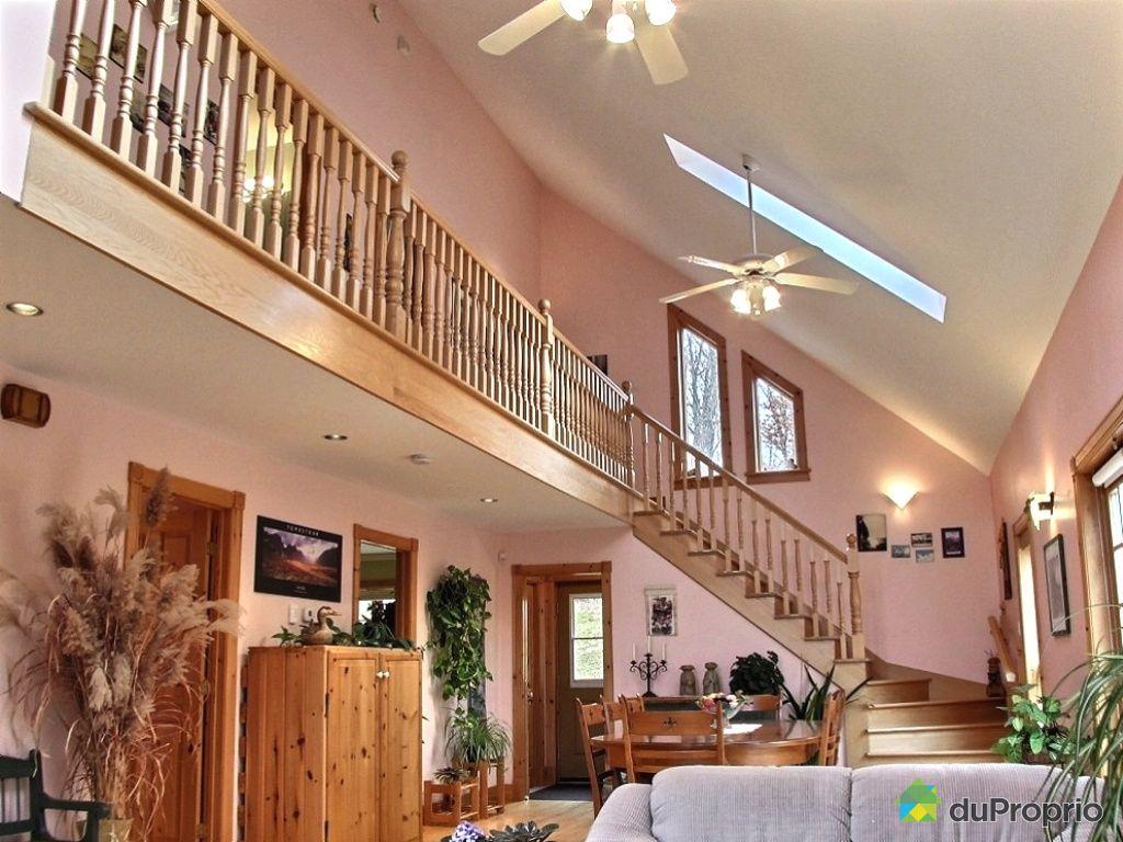 maison vendu val des lacs immobilier qu bec duproprio 319702. Black Bedroom Furniture Sets. Home Design Ideas