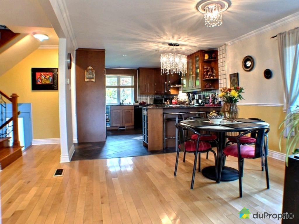 House sold in la prairie duproprio 370837 for Chambre bain tourbillon montreal