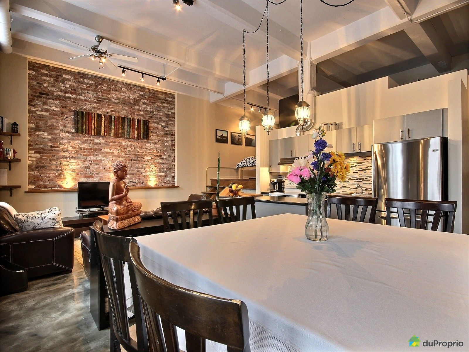 Loft for sale in montreal 103 100 avenue 21e duproprio for Open concept loft
