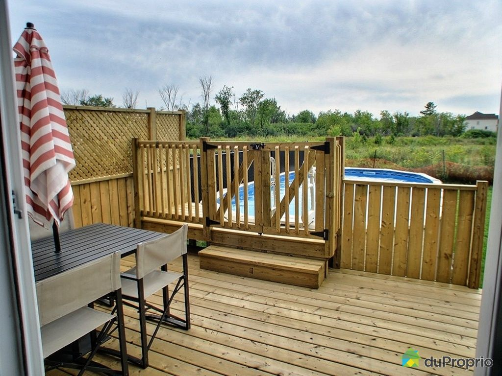 Patio Pour Piscine Hors Terre Photo 2 Pictures To Pin On