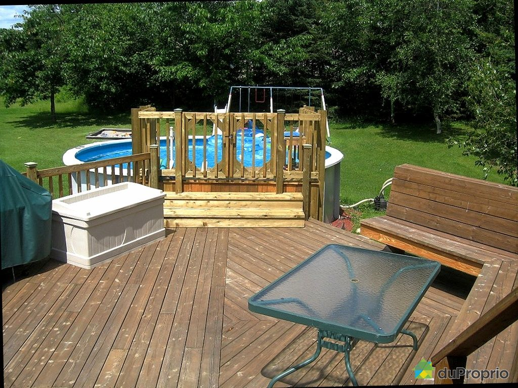 Maison vendu laterri re immobilier qu bec duproprio for Piscine en bois quebec