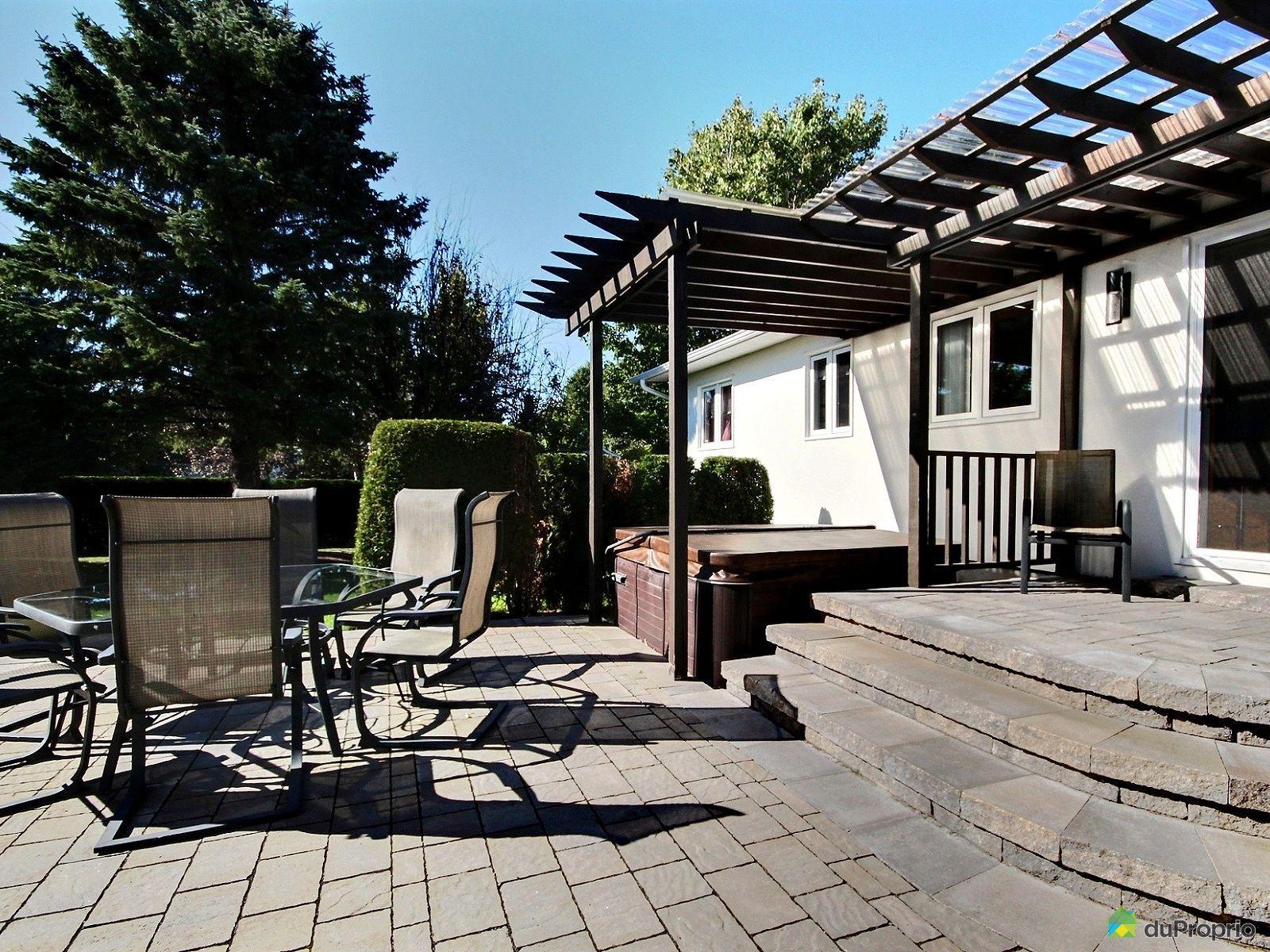 maison vendu chicoutimi immobilier qu bec duproprio 716909. Black Bedroom Furniture Sets. Home Design Ideas