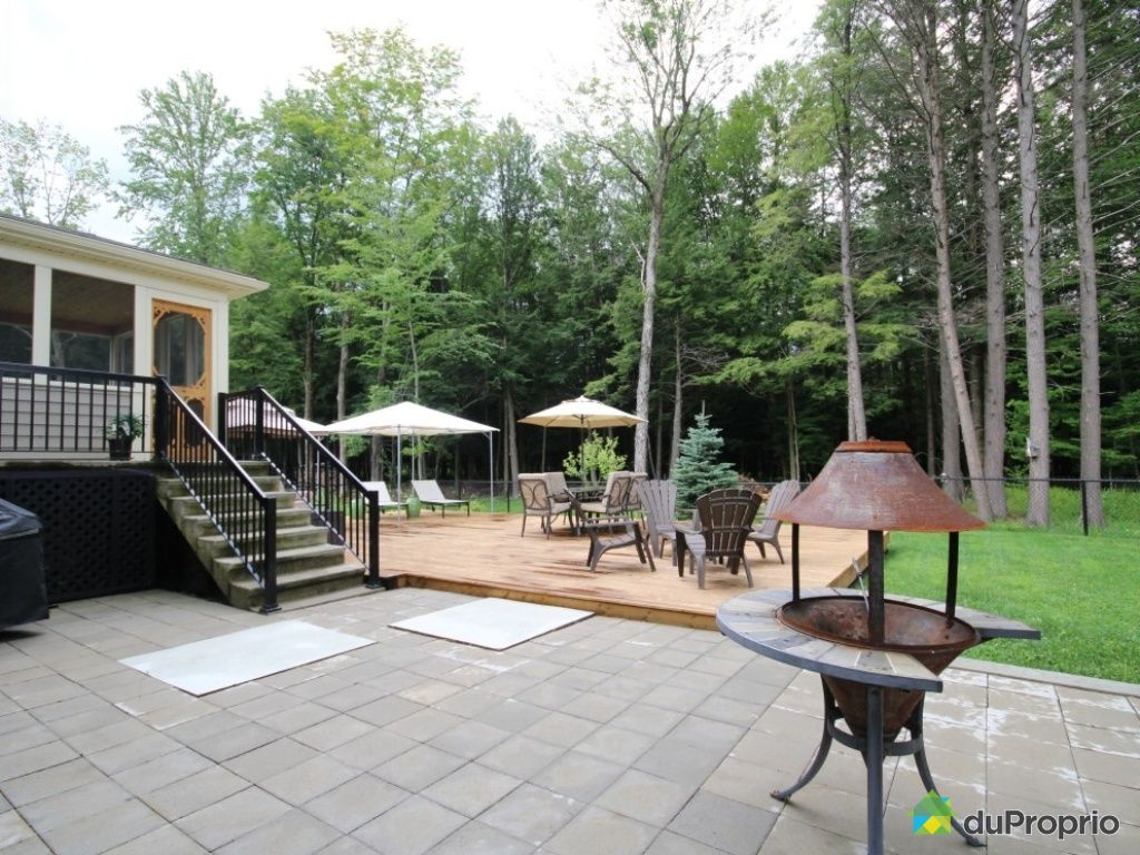 Maison vendu cowansville immobilier qu bec duproprio for Piscine radiant quebec