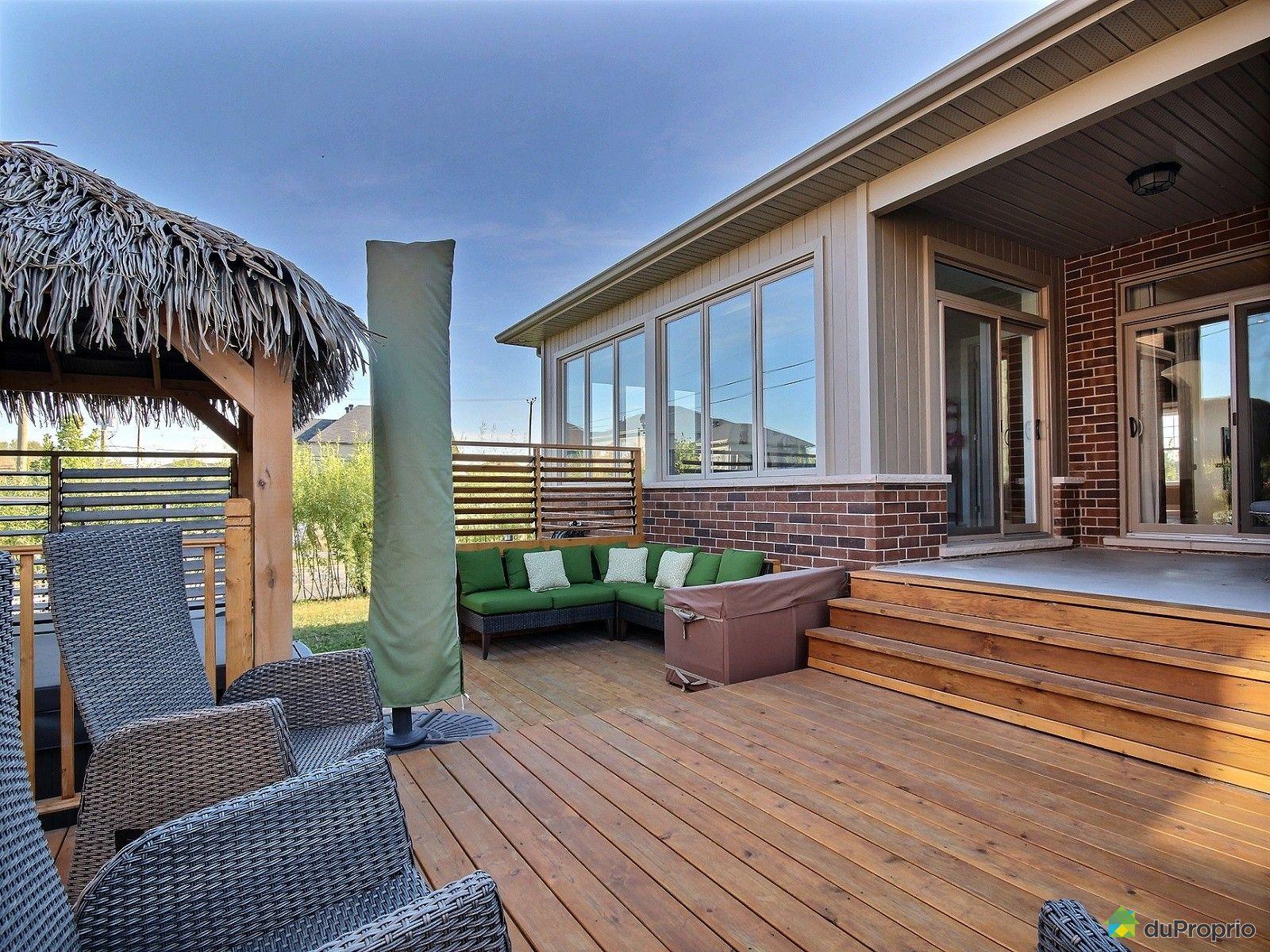 4001 rue des bolets st bruno de montarville vendre duproprio. Black Bedroom Furniture Sets. Home Design Ideas