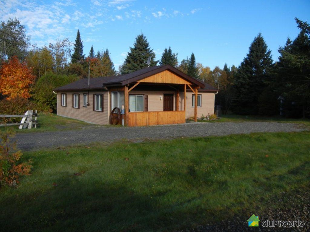 Maison vendu NotreDameDesBois, immobilier Québec  ~ Bois Erable A Vendre