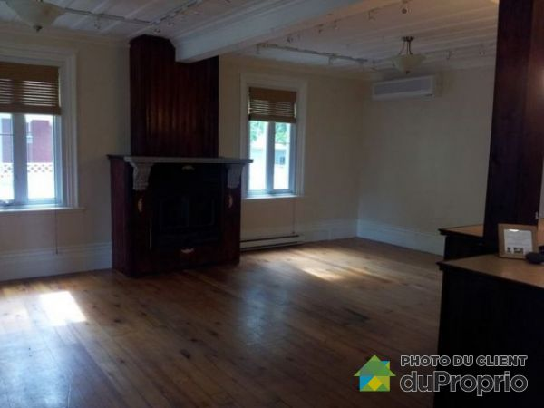 922 Rue Laurier, Beloeil for rent