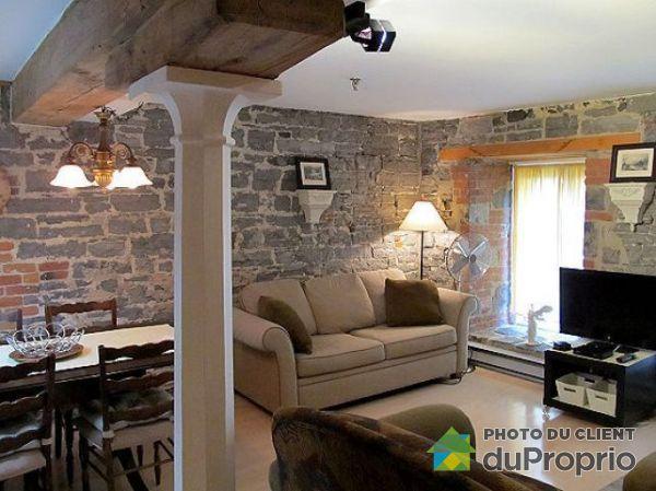 . Rue Sous-le-Cap, Vieux-Port for rent
