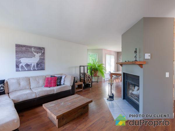132 rue du Blé, St-Ferréol-les-Neiges for rent