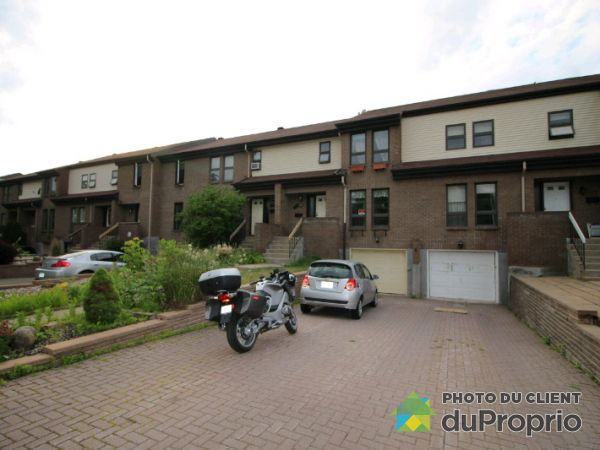 579 rue Donegani, Pointe-Claire for rent