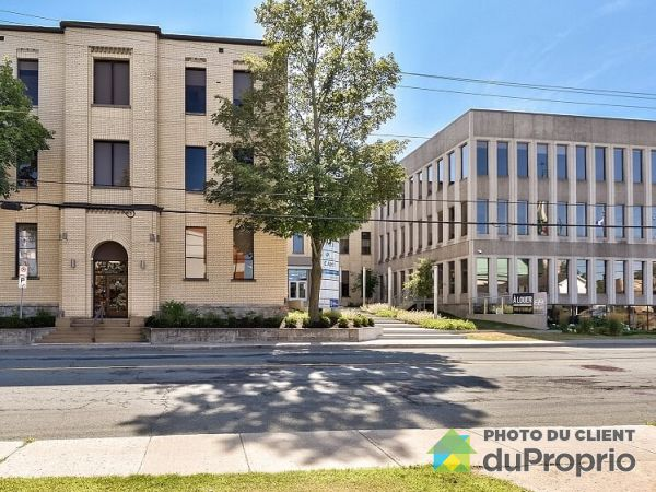 25 Rue Dufferin, Granby for rent