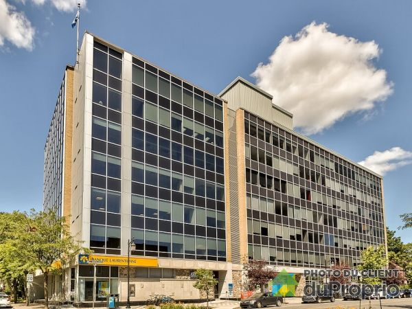 500-2 Boulevard Desaulniers, St-Lambert for rent