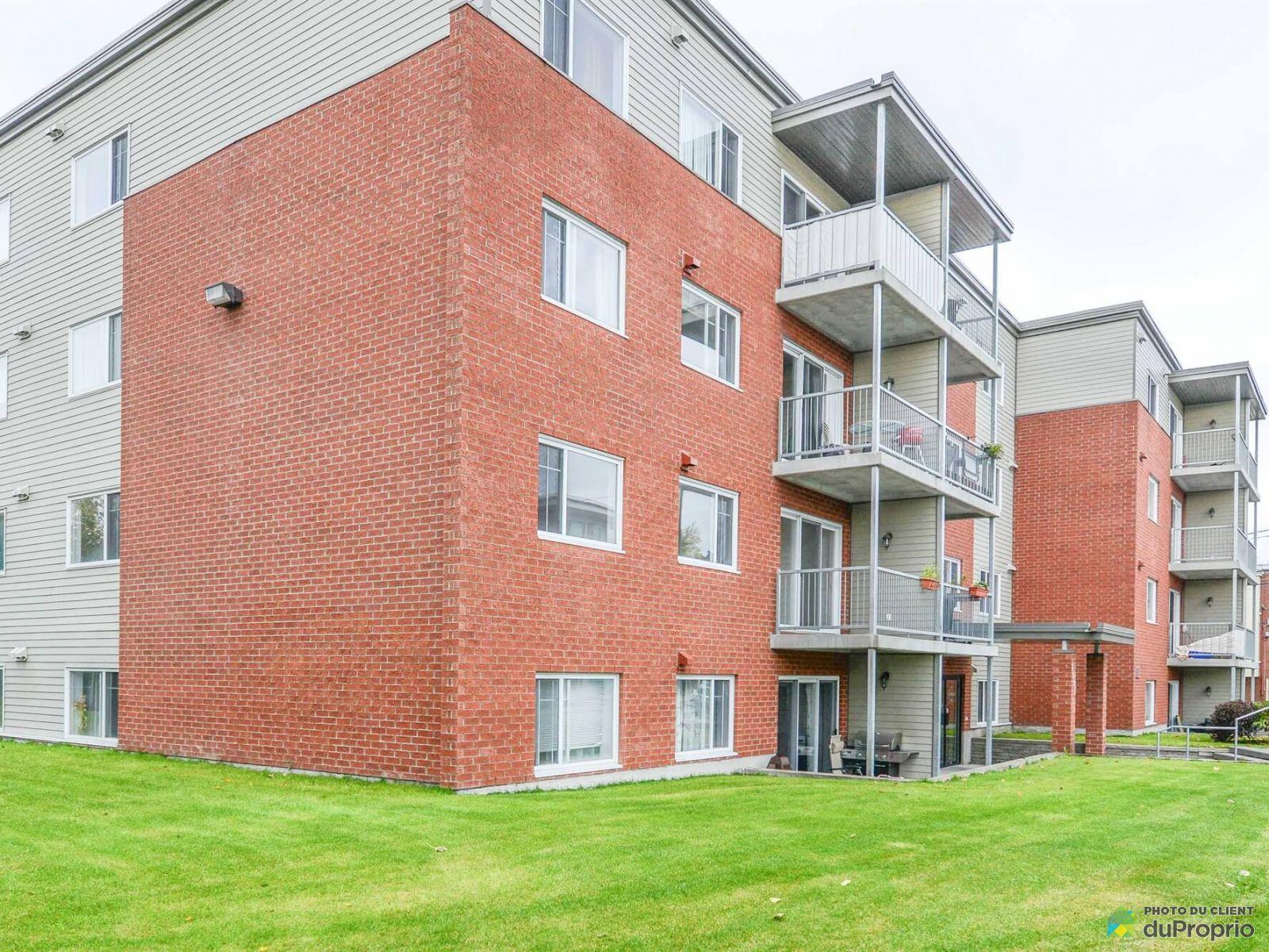Apartment - 203-2601 rue Tadoussac, Limoilou for rent