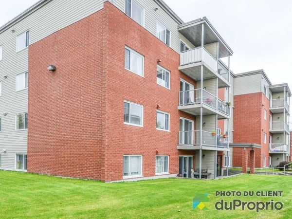 Apartment - 203-2601 rue Tadoussac, Limoilou for rent