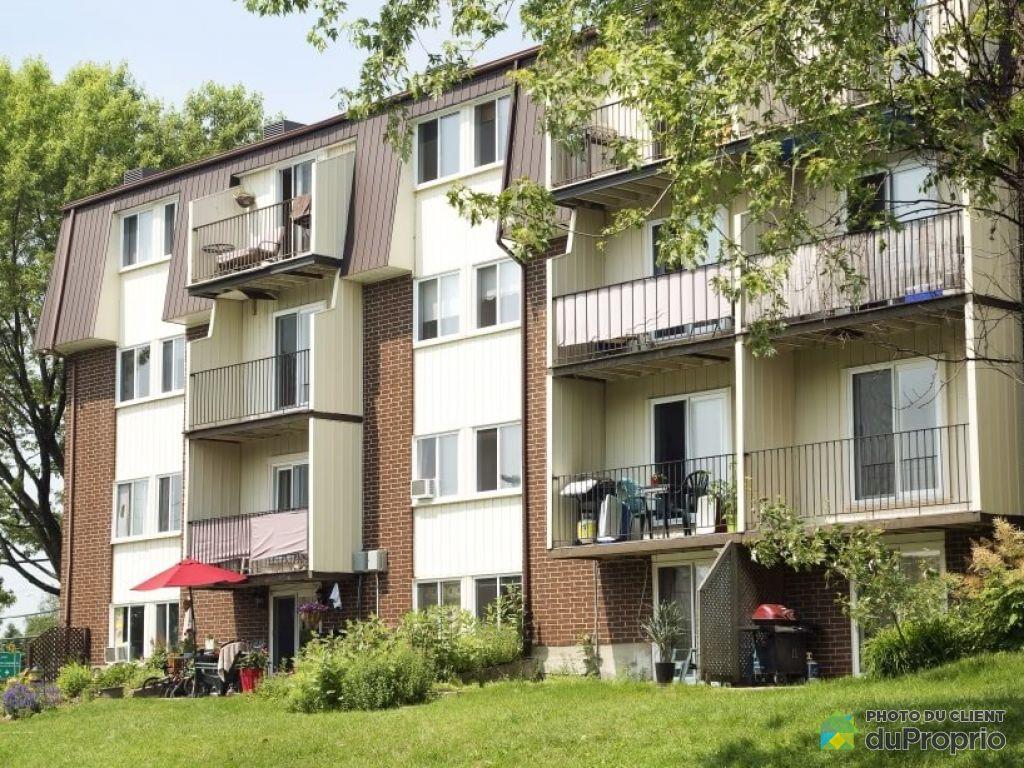 Logement - 308-12 085 rue Berlioz, Neufchatel à louer