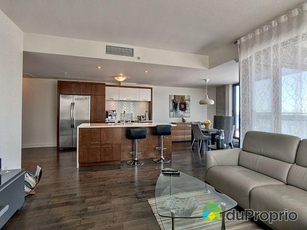 302-211 rue de la Rotonde, L'Ile Des Soeurs for rent