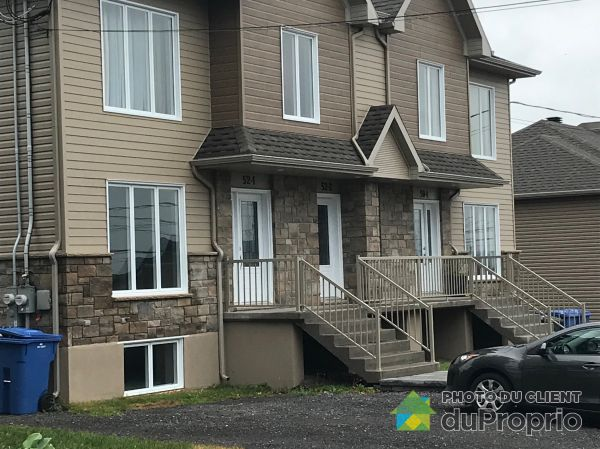 1-52 rue Sévigny, St-Apollinaire for rent