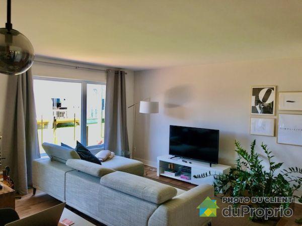 946 rue des Coccinelles, St-Lazare for rent
