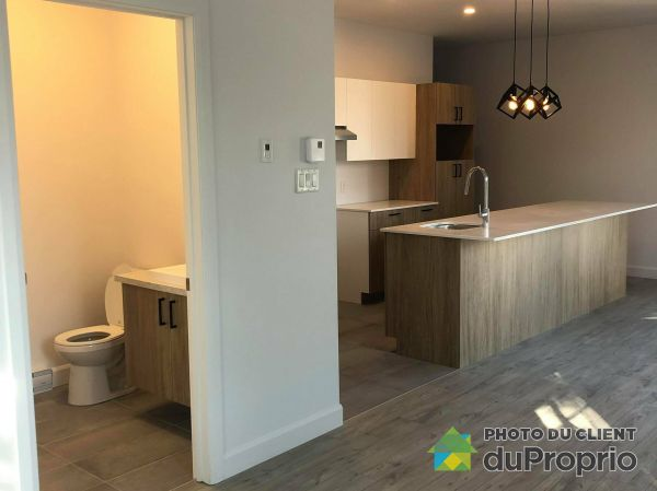 538 Avenue Royale, Beauport for rent