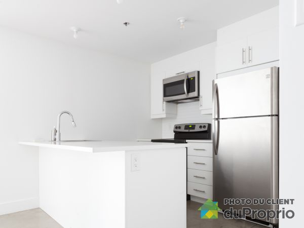 208-7345 boulevard St-Laurent, Villeray / St-Michel / Parc-Extension for rent