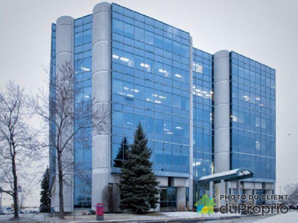 600-1111 boulevard Dr.-Frederik-Phillips, Saint-Laurent for rent