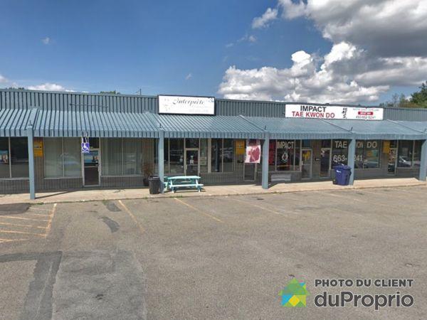 34 Boulevard Cartier Ouest, Laval-des-Rapides for rent