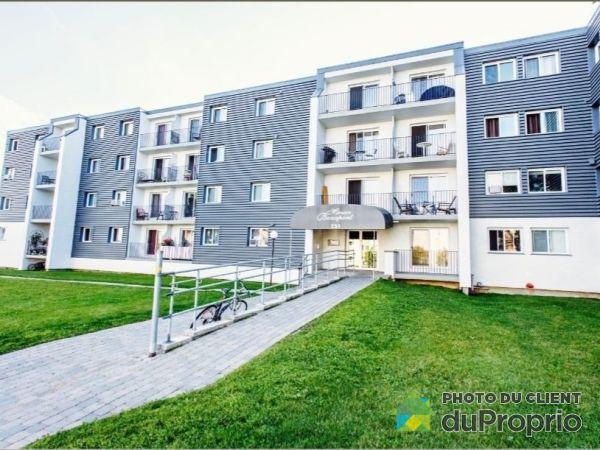 304-301 rue Charles-E-Grenier, Beauport for rent