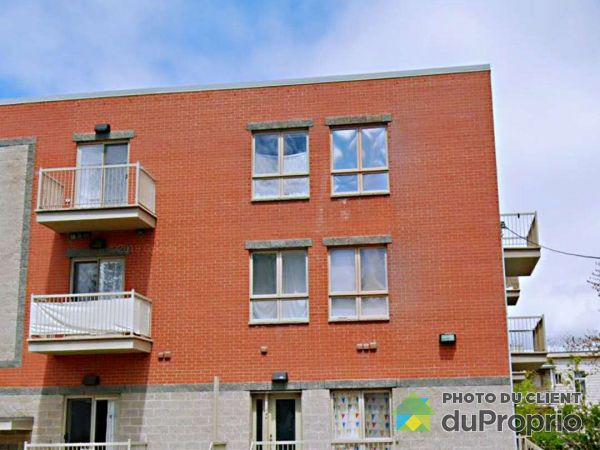 960 rue Ste-Croix, Saint-Laurent for rent